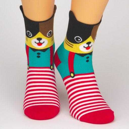 Socken mit Katzenmotiv und rot weißen Streifen
