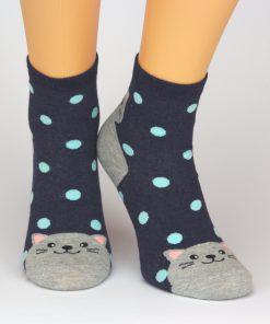 Socken in blau mit Maus und weißen Punkten