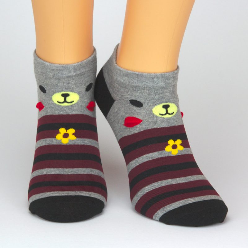 Sneaker Socken grau mit Tiermotiv und rot schwarzen Streifen