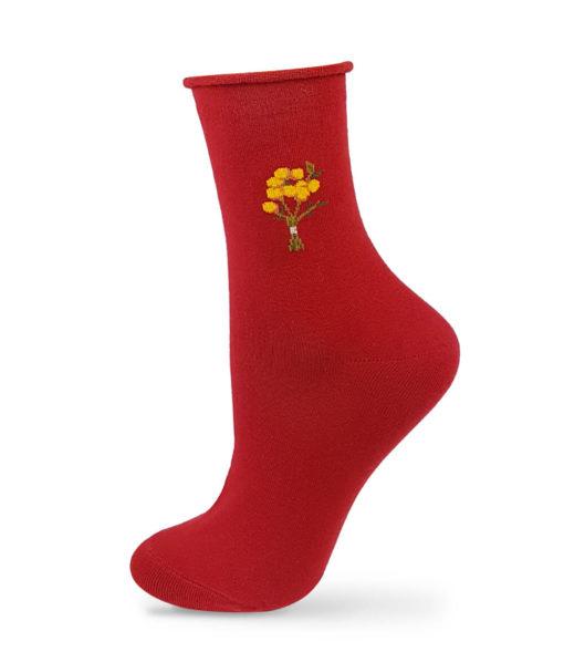 rote Socken mit Blumen