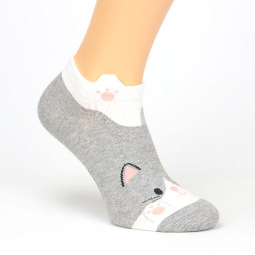 Socken schwanzwedelnde Katze